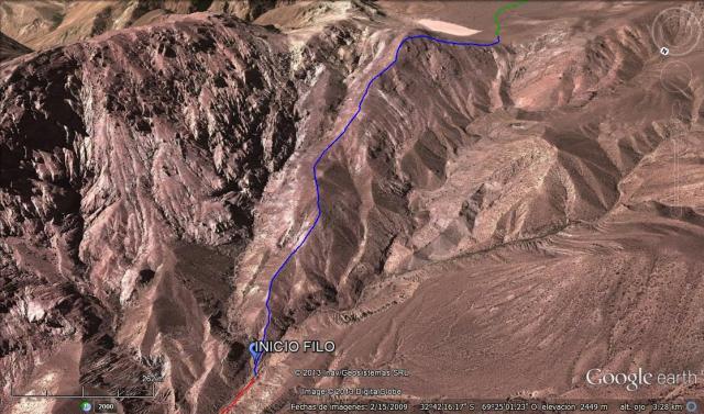 En azul, el ascenso por el filo. En rojo y verde el camino completo del primer día (Click para agrandar)