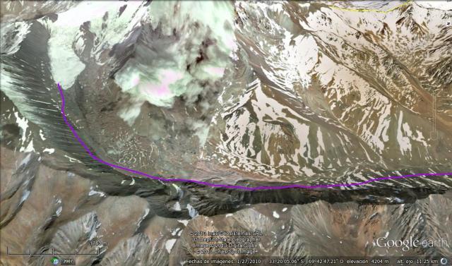 Volcá Tupungato en primer plano y en violeta la segunda naciente (Click para agrandar)